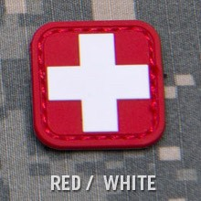 MEDIC SQUARE 1'' PVC PATCH - RED/WHITE